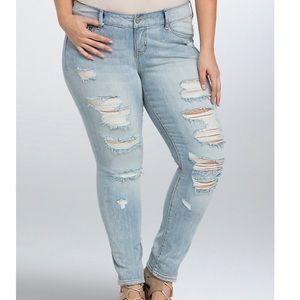 Torrid Distressed Skinny Jeans - Light Wash